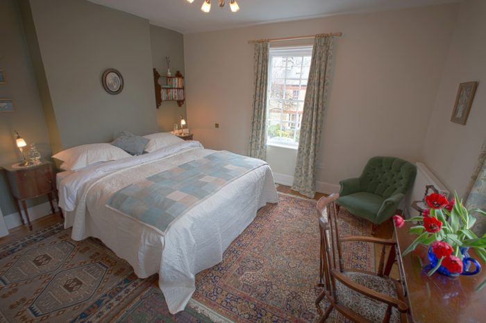 5 Chapel Street B&B - Bedroom One super-kingsize double bed